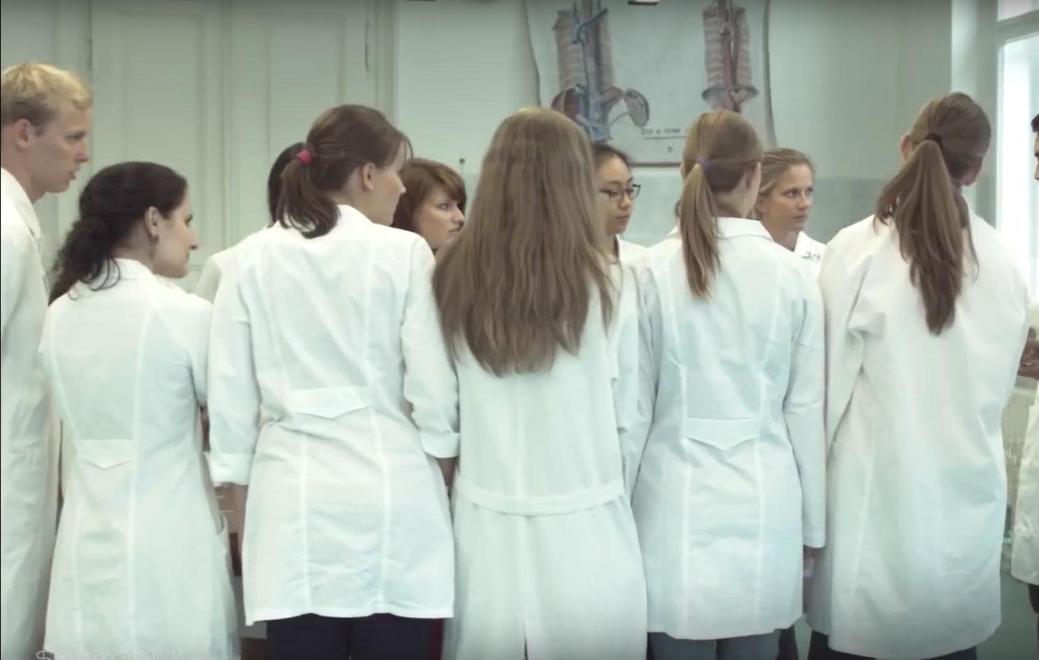 Studieren in prag ein einblick in unsere for Medizin studieren schweiz